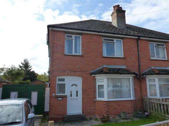 3 Bedrooms Property for sale in Cambridge Road, Dorchester, Dorset