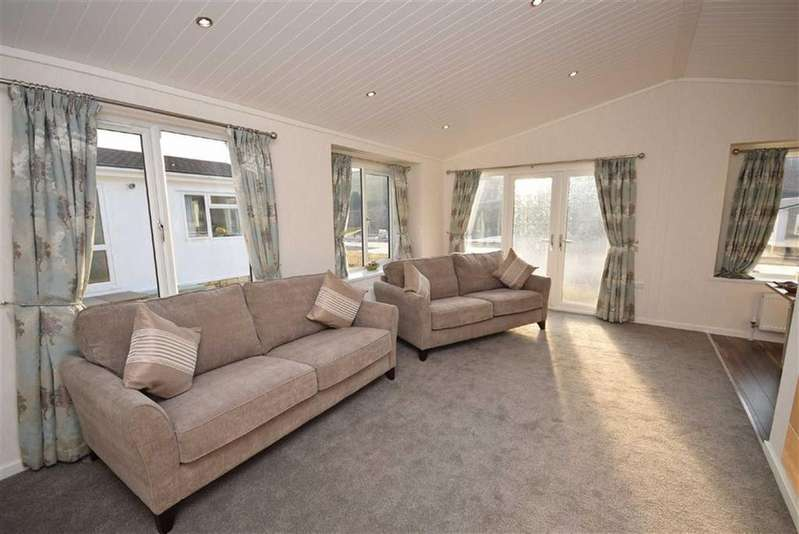 2 Bedrooms Park Home Mobile Home for sale in High View, Salterforth, Lancashire