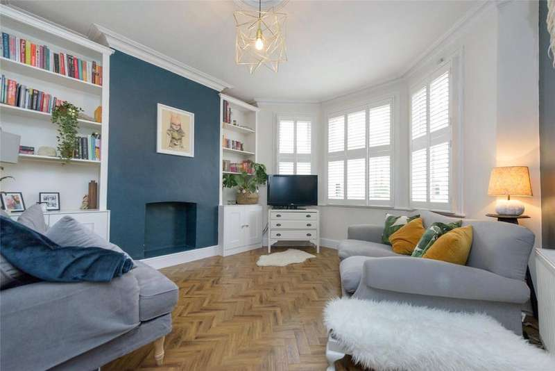 2 Bedrooms Flat for sale in Ambleside Road, London, NW10