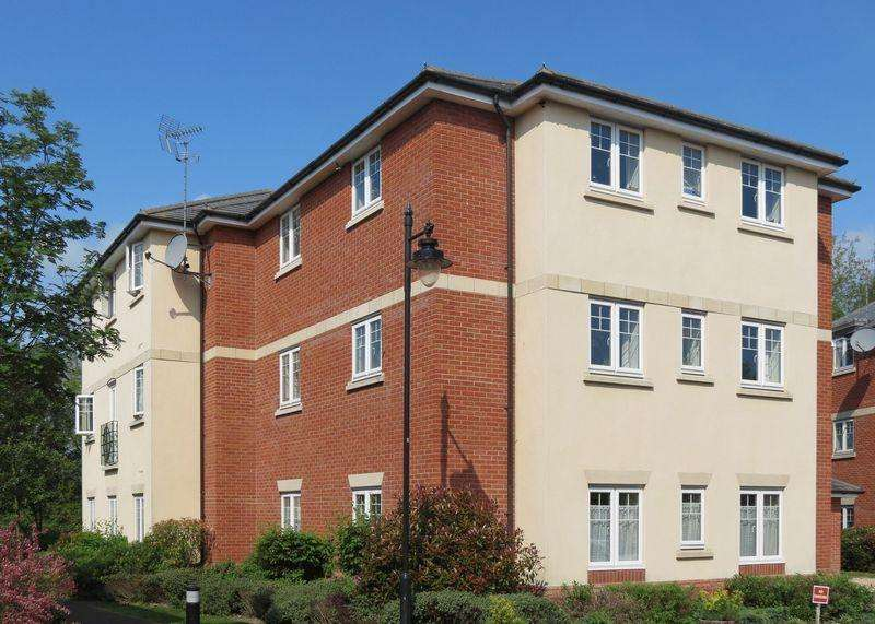 2 Bedrooms Apartment Flat for sale in Ridgeway Court, Grove