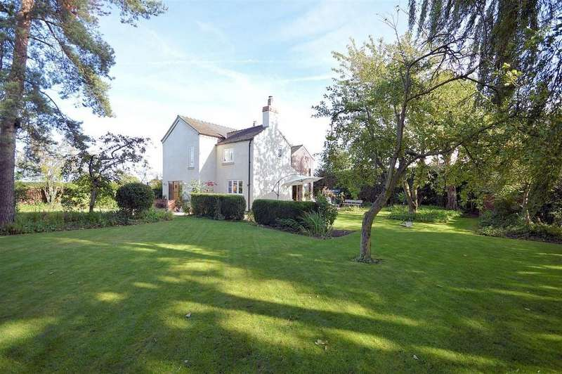 4 Bedrooms Detached House for sale in Alsager Road, Hassall