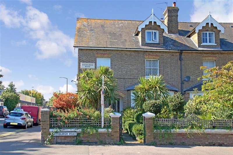 7 Bedrooms Semi Detached House for sale in Roxburgh Road, Westgate-On-Sea, Kent
