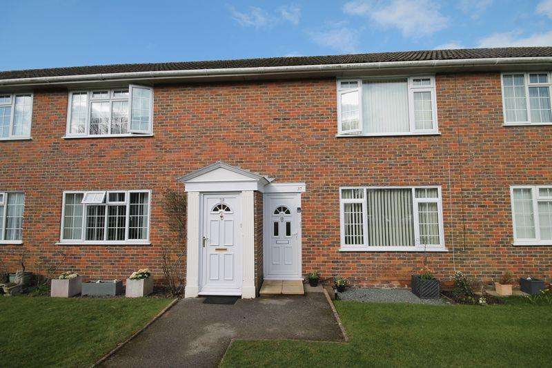 2 Bedrooms Apartment Flat for sale in Clerks Acre, Keymer, West Sussex,