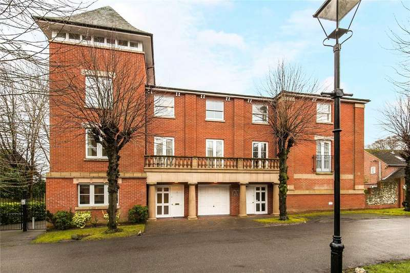2 Bedrooms Flat for sale in Hillcroft, Northbrook Avenue, Winchester, Hampshire, SO23