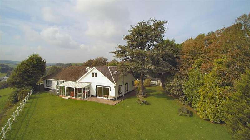 6 Bedrooms Detached House for sale in Laugharne, Carmarthen
