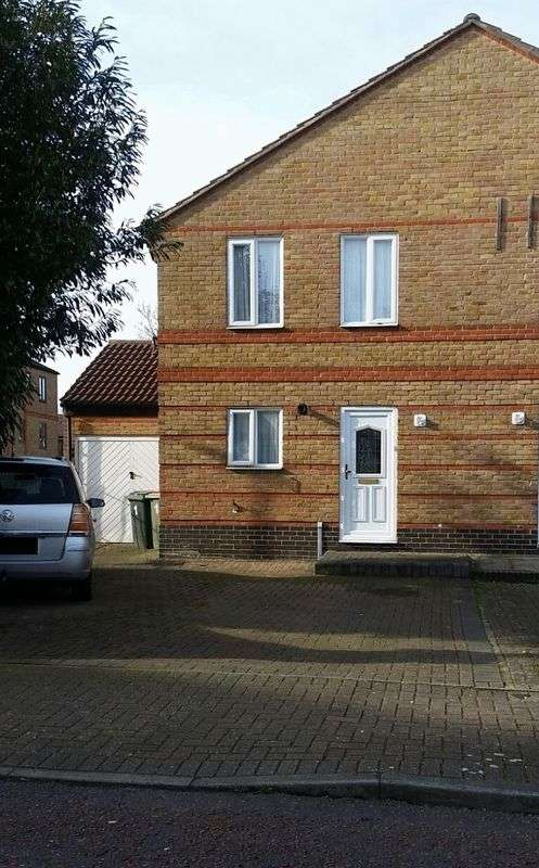 3 Bedrooms Property for sale in Beryl Avenue, London