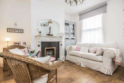 2 Bedrooms Terraced House for sale in Kenmure Place, Preston, Lancashire