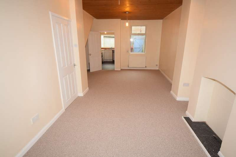 2 Bedrooms Terraced House for sale in James Street, Barrow-in-Furness, Cumbria, LA14 1EQ