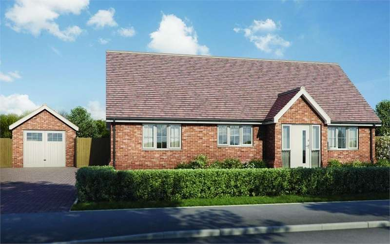 3 Bedrooms Detached Bungalow for sale in Plot 4 'Old Stables', Walton Road, Kirby-le-Soken, Frinton-on-Sea, Essex