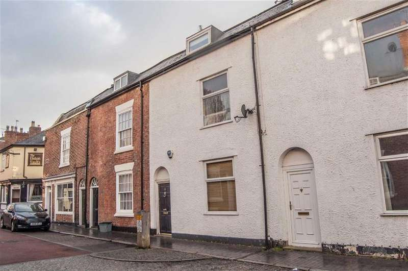 3 Bedrooms Terraced House for sale in Egerton Street, Chester, Chester
