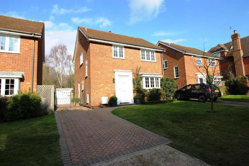 3 Bedrooms Detached House for sale in Ash Tree Drive, West Kingsdown TN15