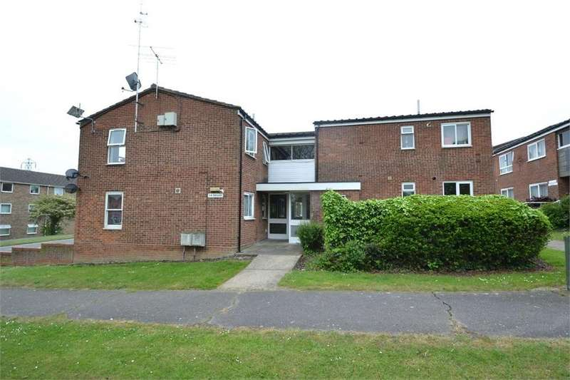 2 Bedrooms Flat for sale in Avon Way, COLCHESTER, Essex