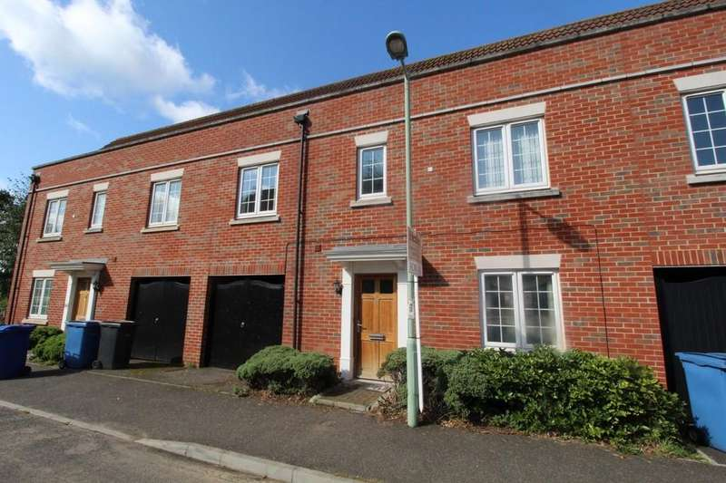 4 Bedrooms Link Detached House for sale in Tayberry Close, Red Lodge, Bury St. Edmunds