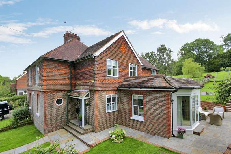 5 Bedrooms Semi Detached House for sale in York Villas, Lidwells Lane, Goudhurst, Kent, TN17 1EJ