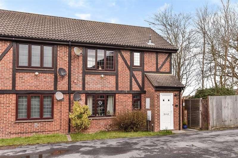 1 Bedroom Maisonette Flat for sale in Morley Close, Yateley