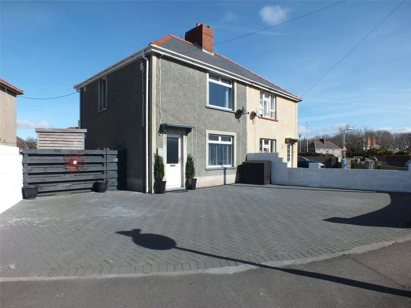 3 Bedrooms Semi Detached House for sale in Glebelands, Hakin, Milford Haven