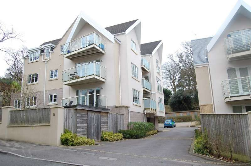 3 Bedrooms Apartment Flat for rent in Lower Parkstone, Poole BH14