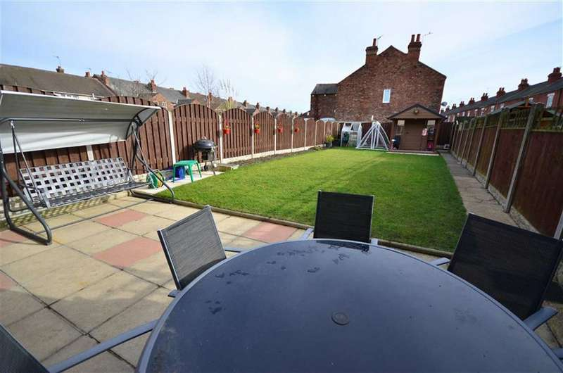 3 Bedrooms Property for sale in Newland Road, Goole, DN14