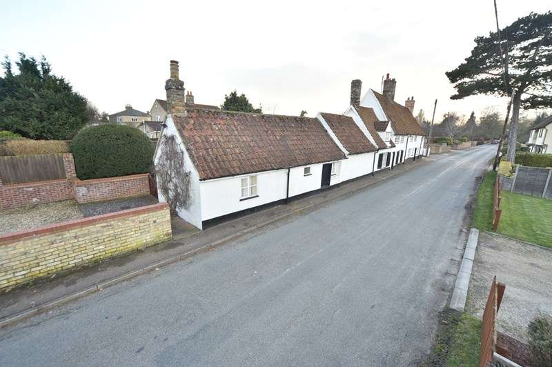 5 Bedrooms Cottage House for sale in The Street, Barton Mills, BURY ST EDMUNDS