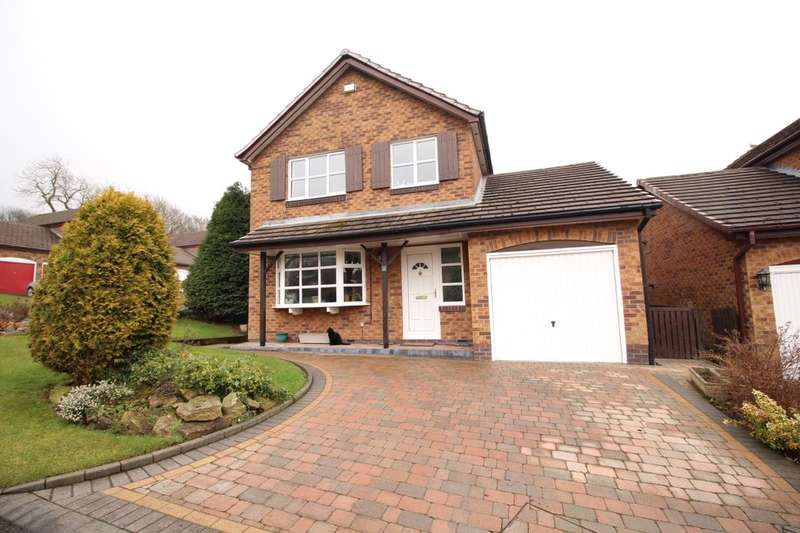 4 Bedrooms Detached House for sale in Hampshire Close, Glossop, SK13
