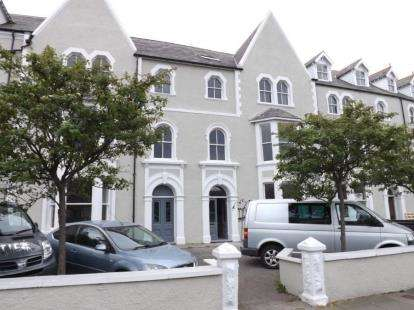 2 Bedrooms Flat for sale in St Annes Apartments, 6 Augusta Street, Llandudno, Conwy, LL30