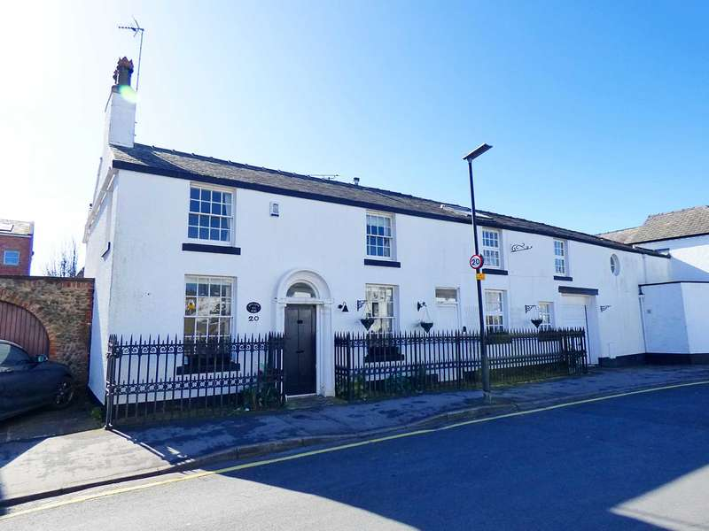4 Bedrooms Cottage House for sale in Henry Street, Lytham