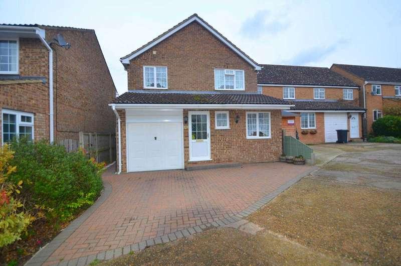 4 Bedrooms Detached House for sale in Hudson Close, Lidlington