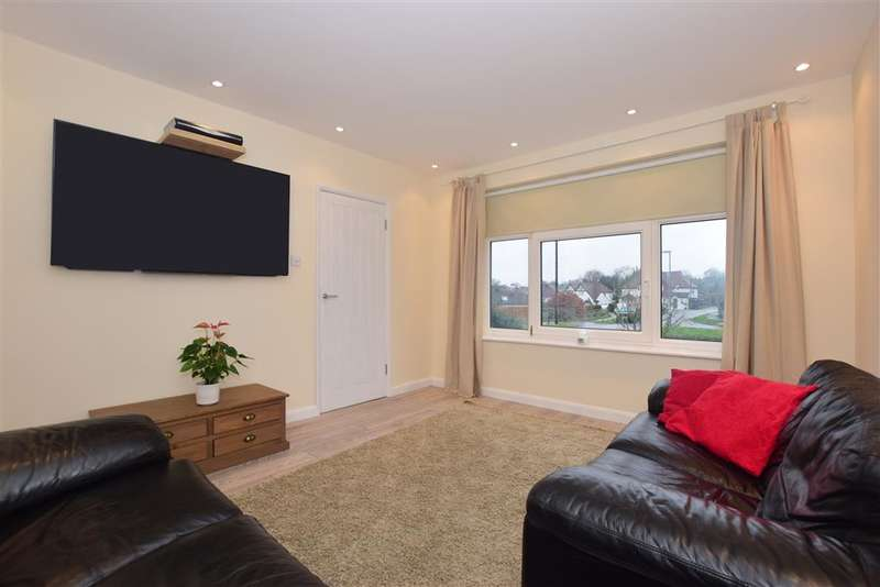 3 Bedrooms Semi Detached House for sale in Partridge Mead, , Banstead, Surrey