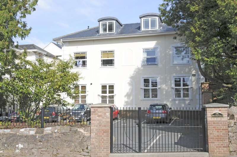 2 Bedrooms Apartment Flat for sale in Brookfield Mews, Exeter