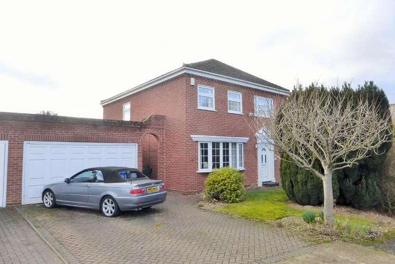 3 Bedrooms Detached House for sale in Worlingham
