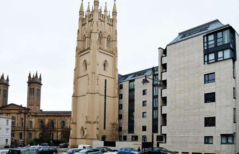 2 Bedrooms Apartment Flat for sale in 10 Park Circus Place, Glasgow G3 6AN