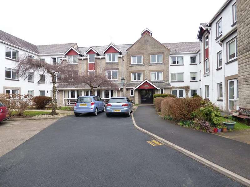 1 Bedroom Ground Flat for rent in Well Cort, Clitheroe BB7