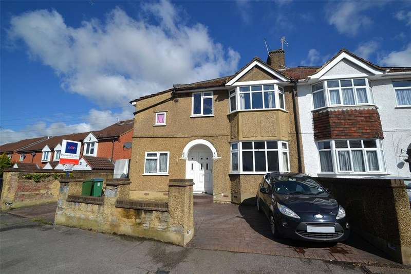 3 Bedrooms House for sale in Riverside Road, Oxhey, Watford, Hertfordshire, WD19