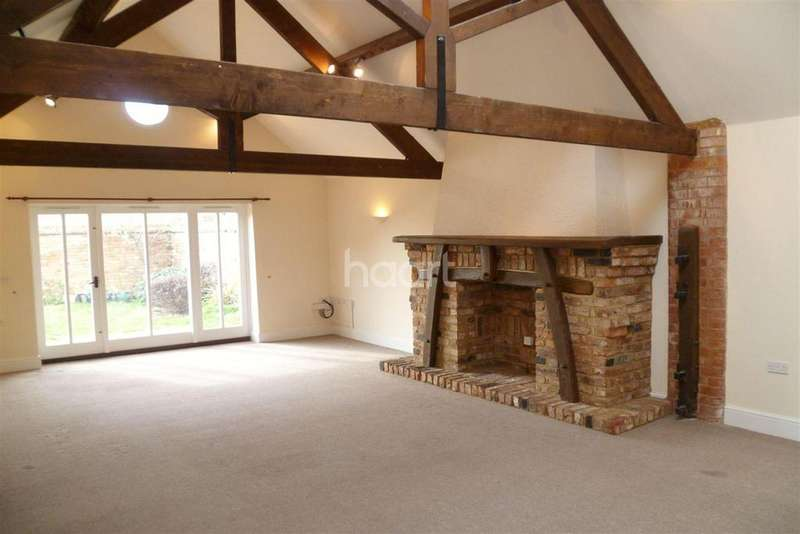 3 Bedrooms Detached House for rent in St. Peters Close