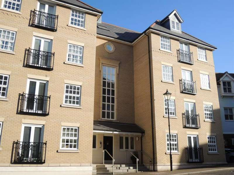 3 Bedrooms Duplex Flat for sale in St. Marys Fields, Colchester, CO3 3DD