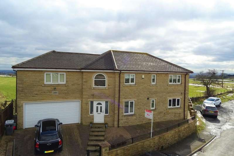 4 Bedrooms Detached House for sale in Cliff Hollins Lane, East Bierley, BD4 6RQ
