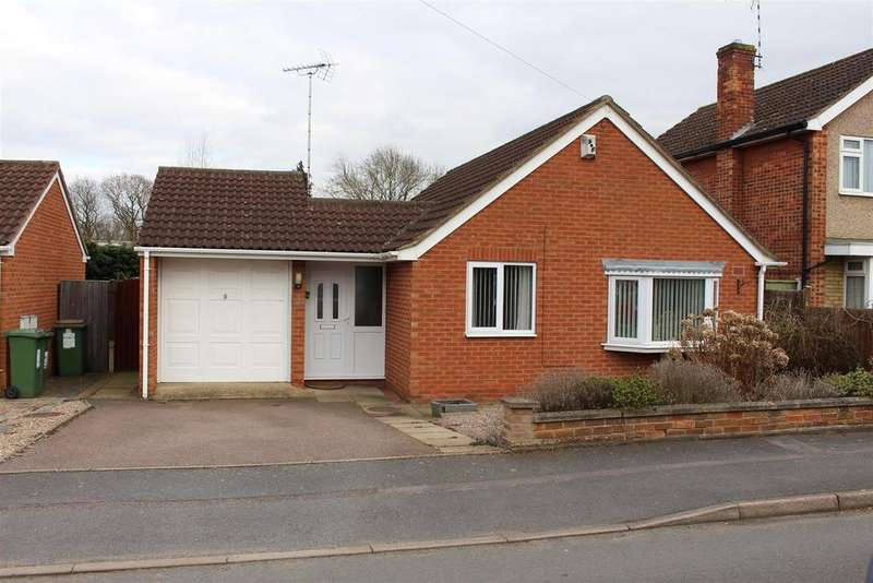 2 Bedrooms Detached Bungalow for rent in Laurel Road, Blaby, Leicester