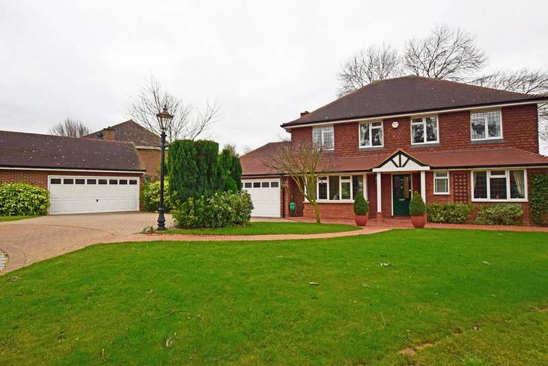 4 Bedrooms Detached House for sale in Water Meadow Close, HEMPSTEAD, ME7