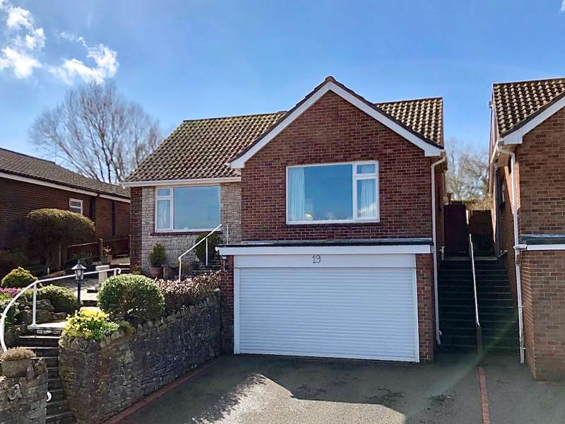 2 Bedrooms Detached Bungalow for sale in CAULDRON CRESCENT