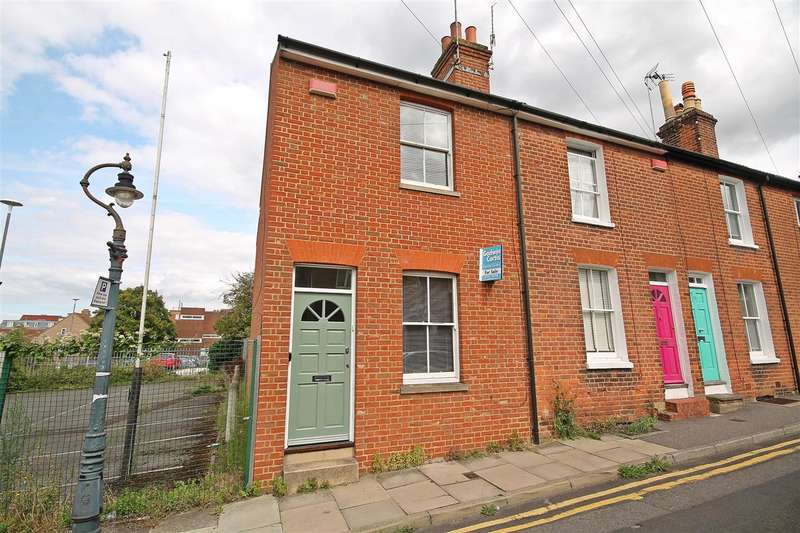 3 Bedrooms End Of Terrace House for sale in Cossington Road, Canterbury