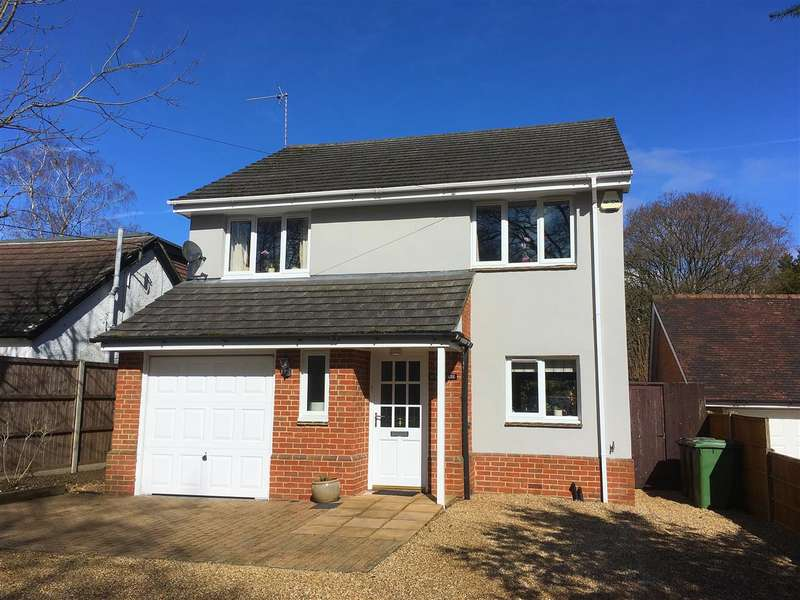 4 Bedrooms Detached House for sale in Hurst House, Liphook Road, Lindford