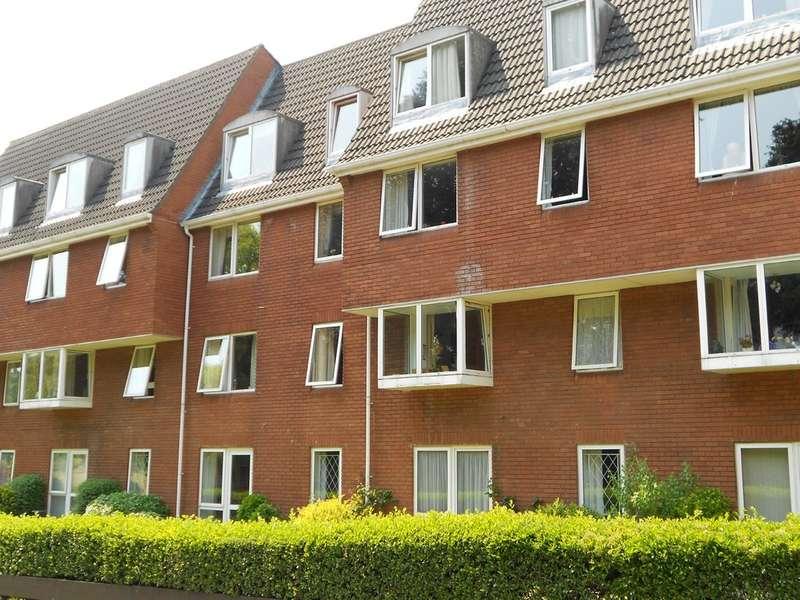 1 Bedroom Flat for rent in Homeville House, Hendford BA20