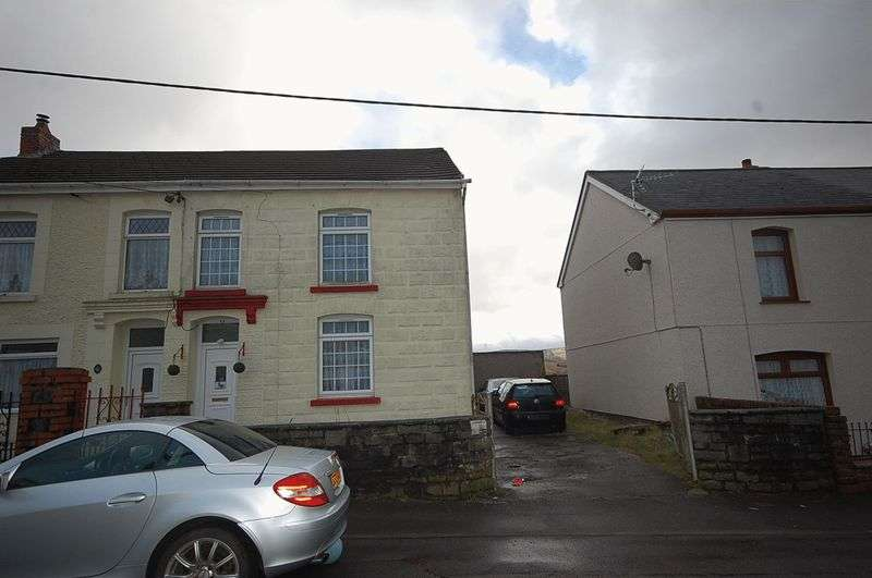 3 Bedrooms Property for sale in 38 Heol Eglwys, Neath