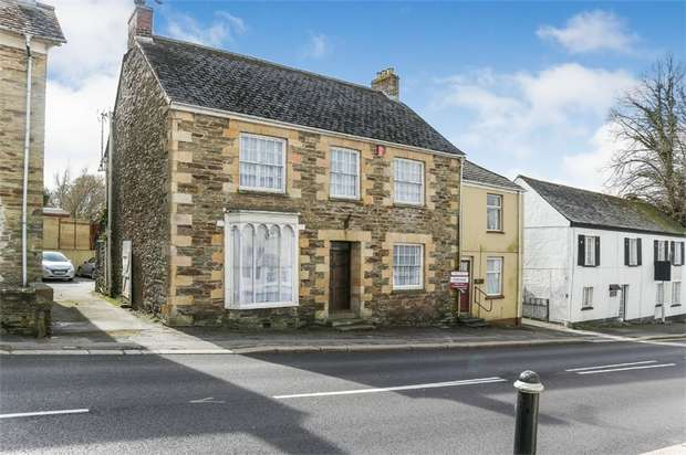 4 Bedrooms Detached House for sale in Fore Street, Grampound, Truro, Cornwall