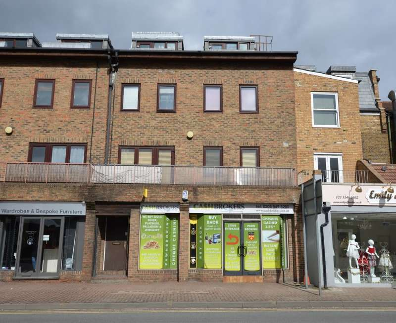 1 Bedroom Apartment Flat for sale in Chandlers House, Old London Road, Kingston upon Thames, Surrey, KT2 6QF