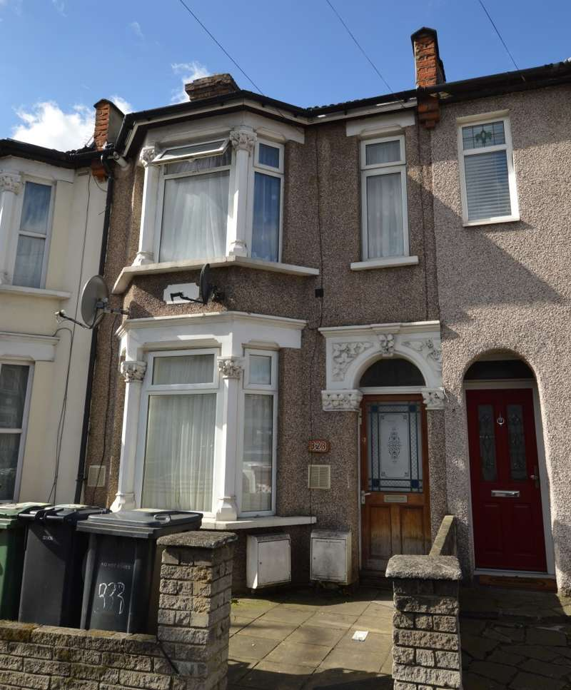 3 Bedrooms Maisonette Flat for sale in Fulbourne Road, Walthamstow, London, E17 4HL