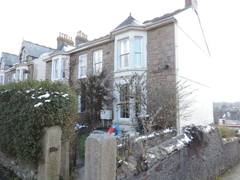 4 Bedrooms Property for sale in Albany Road, Redruth