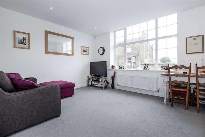 1 Bedroom Flat for sale in Upper Richmond Road West, East Sheen
