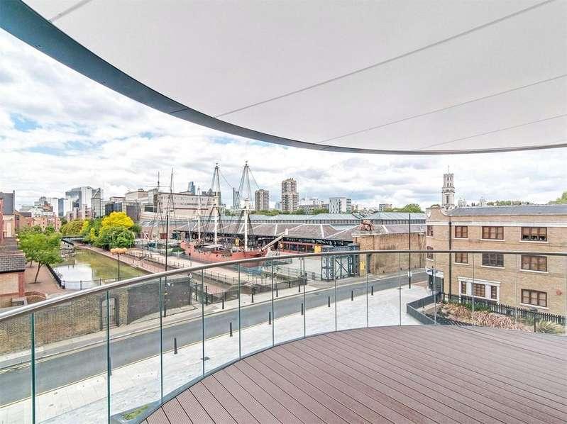 2 Bedrooms Apartment Flat for sale in Park Vista Tower, 5 Cobblestone Square, E1W