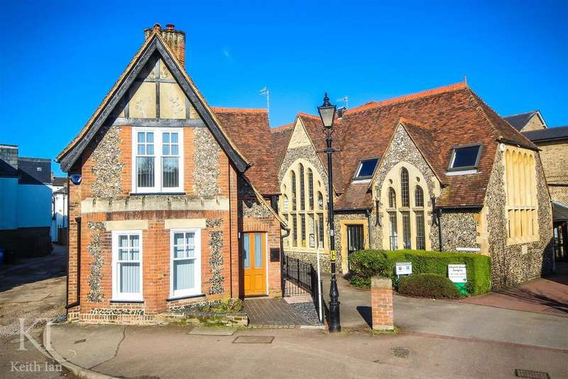 2 Bedrooms Detached House for sale in Church Street, Ware